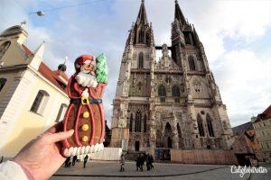 Regensburg Christmas Market - Regensburg Christkindlmarkt - Adventsmarkt - Bavaria, Germany - California Globetrotter (47)