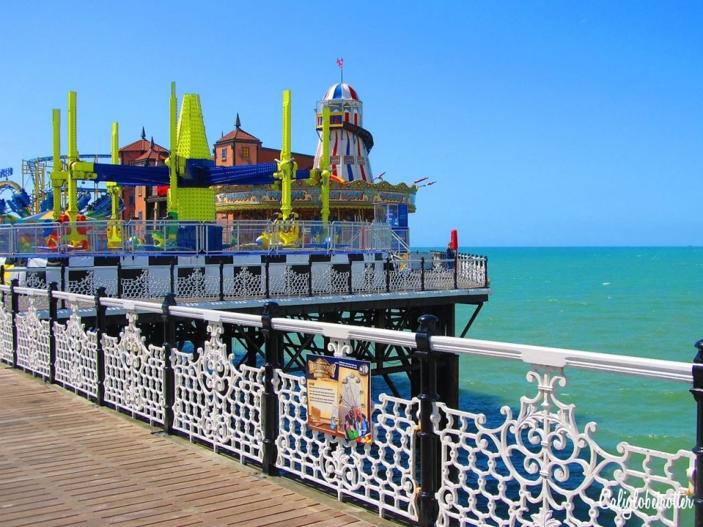 Brighton: The British Seaside | Easy Day Trips from London | London Alternatives | Brighton Sightseeing | Brighton Pier | The Royal Pavilion |UK Travel | Best Cities in the UK | Best Cities in England | The British Coastline | British Palaces & Castles | #Brighton #England - California Globetrotter