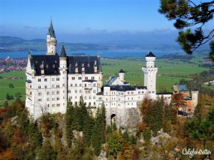 Neuschwanstein Castle, Bavaria, Germany - California Globetrotter