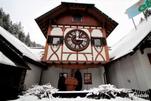 Superlatives of Germany: Schonachbach World's Largest Cuckoo Clock, Black Forest - Schwarzwald Großteste Cuckoos Uhr, Germany - California Globetrotter