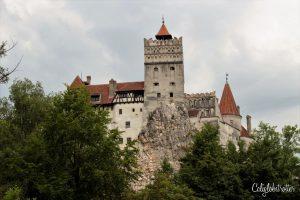 2 Week Balkan Road Trip: Bran Castle, Romania - California Globetrotter