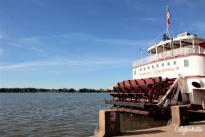 Belle of Louisville | Downtown Louisville City Guide | Neighborhood Guide to Louisville, Kentucky | Street art in Louisville | Bars & Restaurants in Louisville | What to do in Louisville, KY | Explore like a Local | The Coolest Part of Louisville | Kentucky Bourbon Trail | #Louisville #Kentucky #USATravel - California Globetrotter