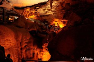 Mammoth Caves National Park | The World's Largest Cave Network | Day Trips from Louisville, KY | Things to do near Louisville | Bourbon, Horses & History | Kentucky Bourbon Trail | Midwestern Cities | Cities to Visit in the Midwest | Top US Cities to Visit | Small Town USA | #Kentucky #BourbonCountry #TravelUSA - California Globetrotter