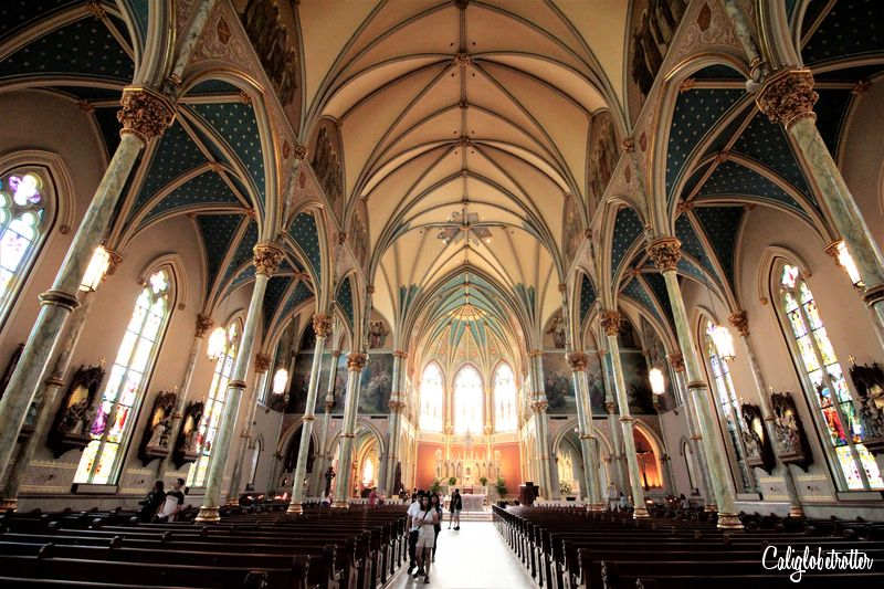 Cathedral of St John the Baptist | A Busy Bee's Guide to Savannah, Georgia | Things to do in Savannah | 24 hours in Savannah | Savannah City Guide | Savannah Itinerary | Getting Around Savannah | Where to Eat in Savannah | Savannah Historic District | Downtown Savannah | #Savannah #Georgia #TravelUSA - California Globetrotter