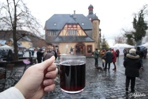 Christmas Wine Tasting & Tour with Bottle Stops | Schloss Vollrads Weihnachtsmarkt | Christmas Market at Castle Vollrads | Vineyards & Wineries in Germany | Wine Tasting & Pairing | Wine Tours in Germany | German Wine Tours | Rhein River Wine Tours & Tastings | #Rhein #RheinWine #Germany - California Globetrotter