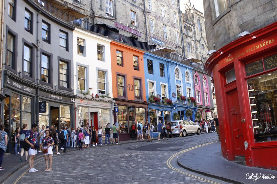 2 Day Jam-Packed Itinerary for Edinburgh, Scotland | Things to do in Edinburgh | Things to do on the Royal Mile | Top Sights to See in Edinburgh | Best View Points of Edinburgh | Whisky Tasting in Edinburgh | Where to Eat in Edinburgh | Where to Stay in Edinburgh | Edinburgh's Main Sights | Quick Things to do in Edinburgh | Afternoon Tea in Edinburgh | #Edinburgh #Scotland #UnitedKingdom - California Globetrotter